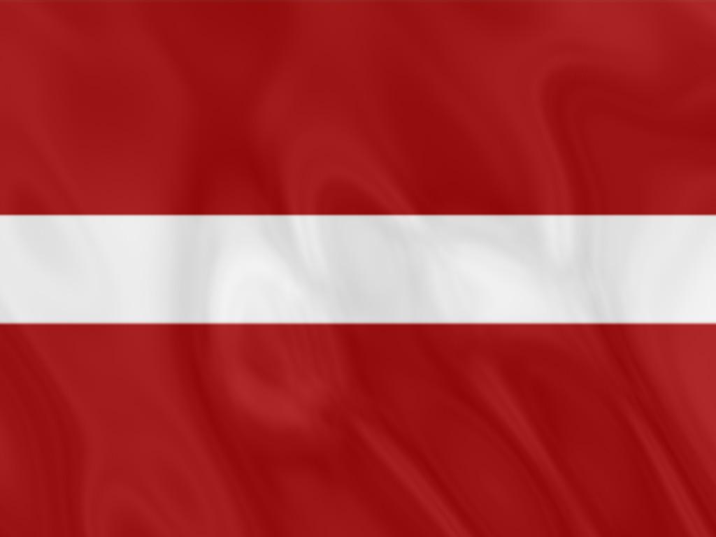 флаг латвии.jpg